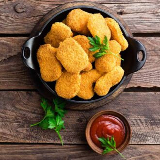 chicken-nuggets-crispy-cooked-with-sauce